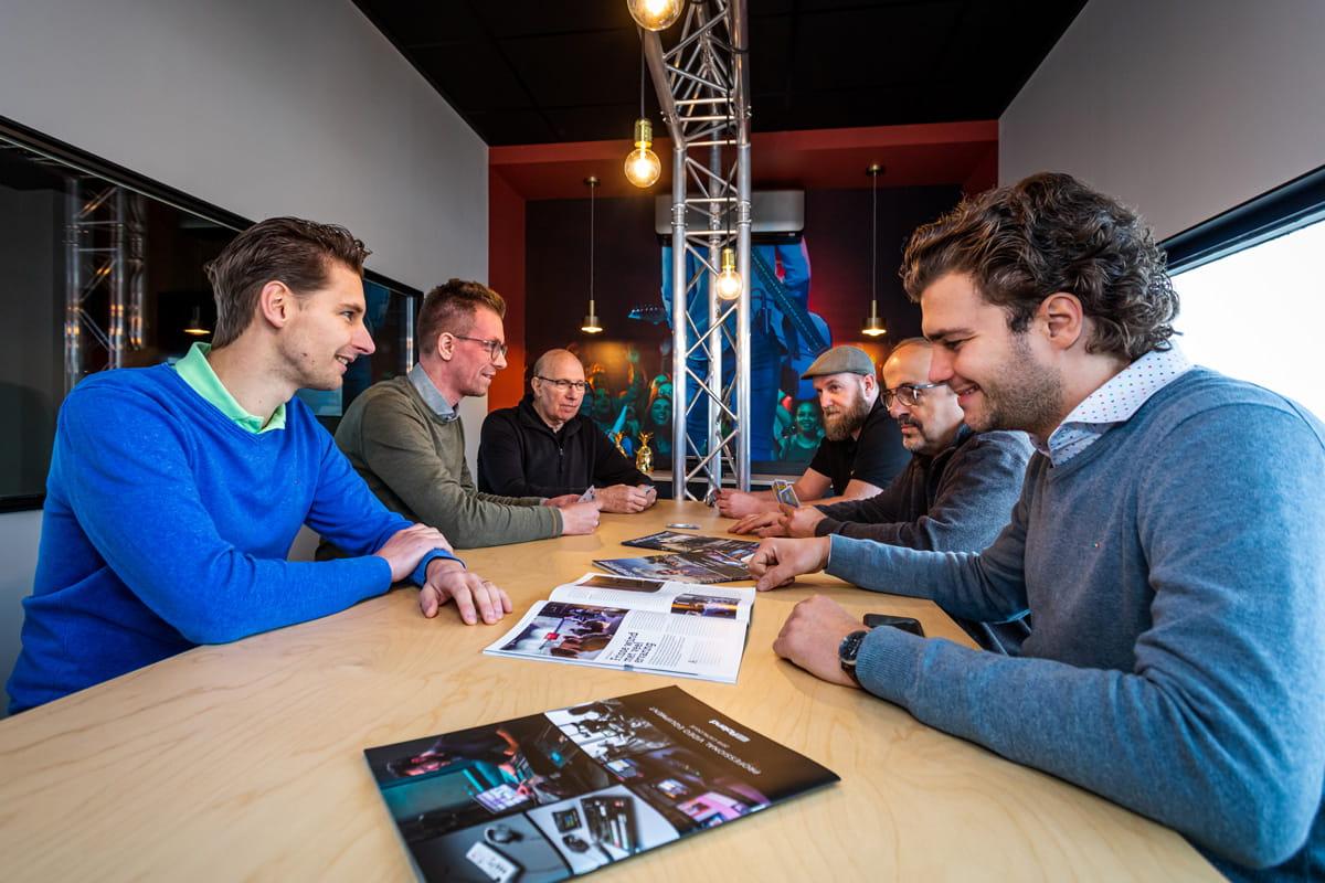 Met ons gepassioneerde team van audio professionals zijn wij de verbindende factor tussen jou en de perfecte audio oplossing.
